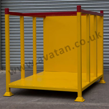 Steel stillage sheet back braced sides