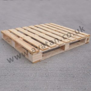 Timber-pallet-full-perimeter-base