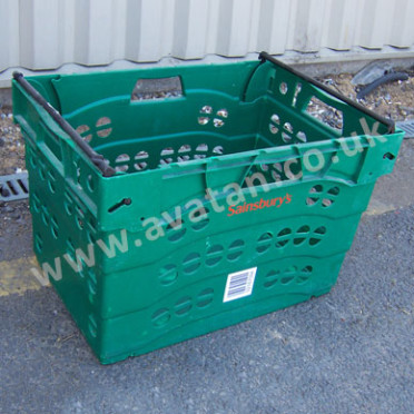 Used plastic container Stacknest bail arm vented