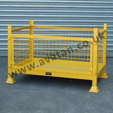 DS Cage Pallet with removable front gate. Stackable steel sillage