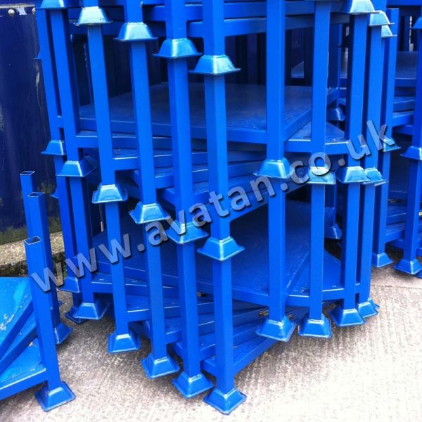 Scaffolding Post Pallet Sheet Base Spiralled