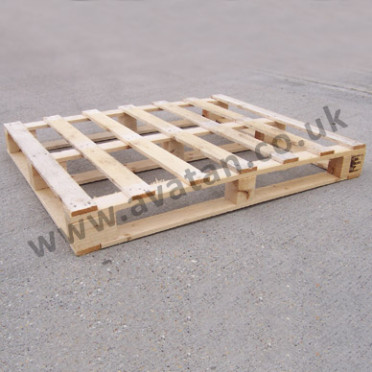 Timber pallet four way light duty wood