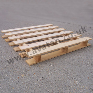 Timber pallet winged reversible wood