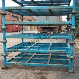 Large used steel post pallet, brace stillage base, removable posts